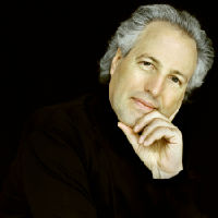 Manfred Honeck, conductor